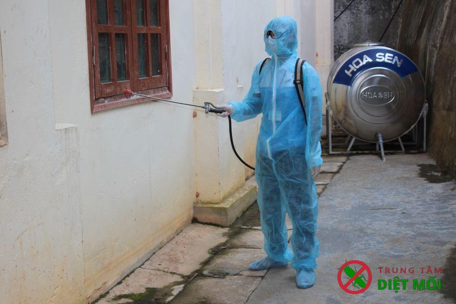 Cách phun thuốc muỗi hiệu quả